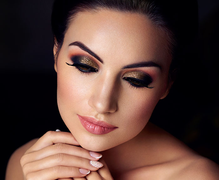 Eyes that Spell Magic: A Night Time Makeover for the Goddess in You